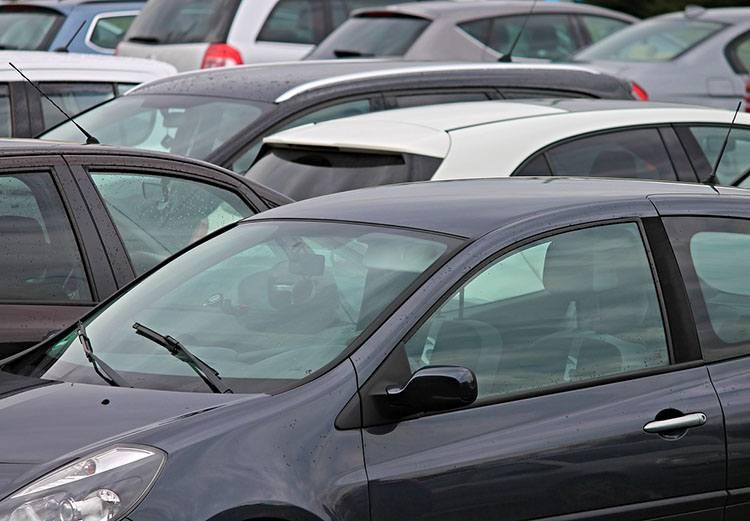sprzedaż samochodów samochody motoryzacja