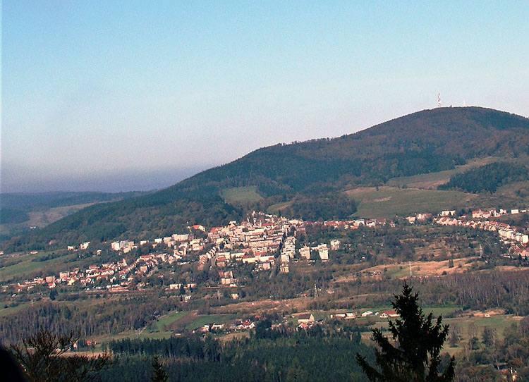 Boguszów-Gorce góra Chełmiec ciekawostki atrakcje