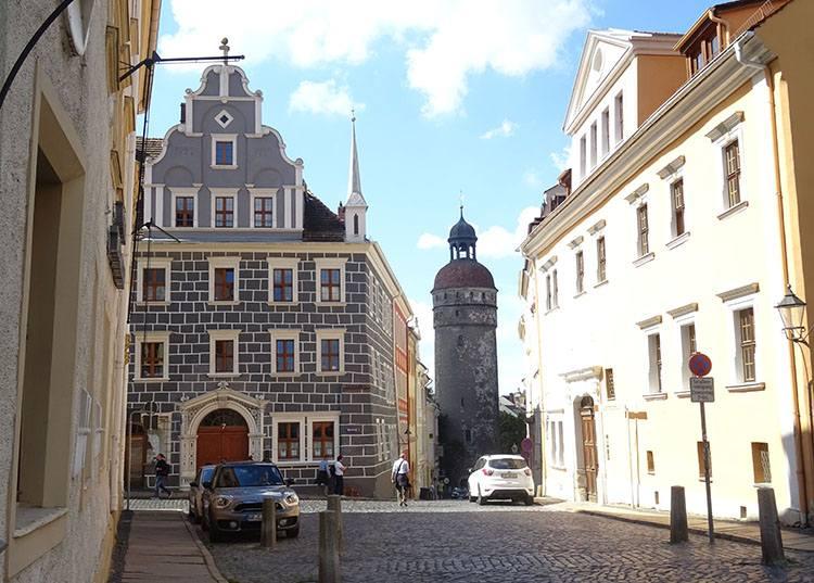 Nikolaiturm stare miasto Goerlitz ciekawostki zabytki atrakcje