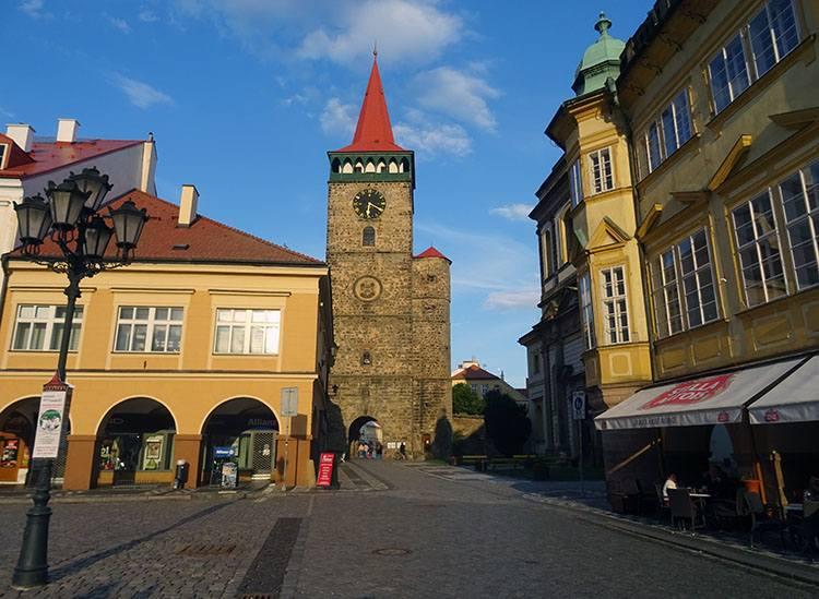 Waldicka brama rynek Jiczyn Czechy ciekawostki atrakcje zabytki