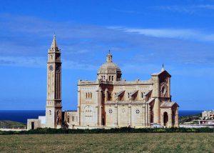 kościół wyspa Gozo Malta lotniska lotnisko ciekawostki informacje