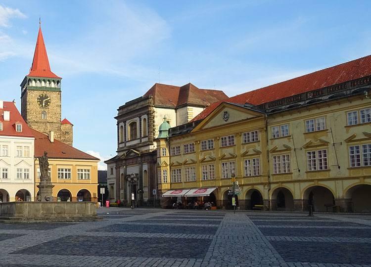 pałąc zamek rynek Jiczyn Czechy ciekawostki atrakcje zabytki