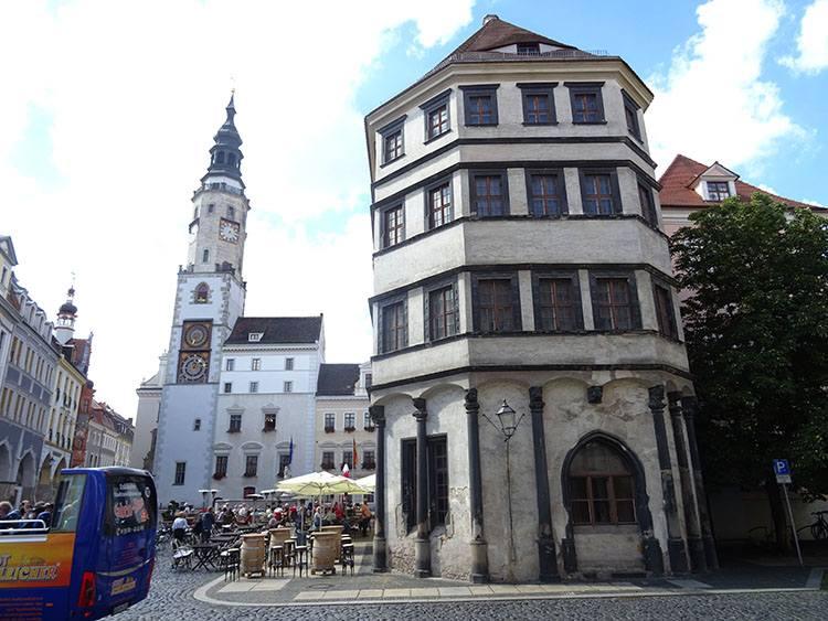 ratusz wieża Goerlitz ciekawostki zabytki atrakcje