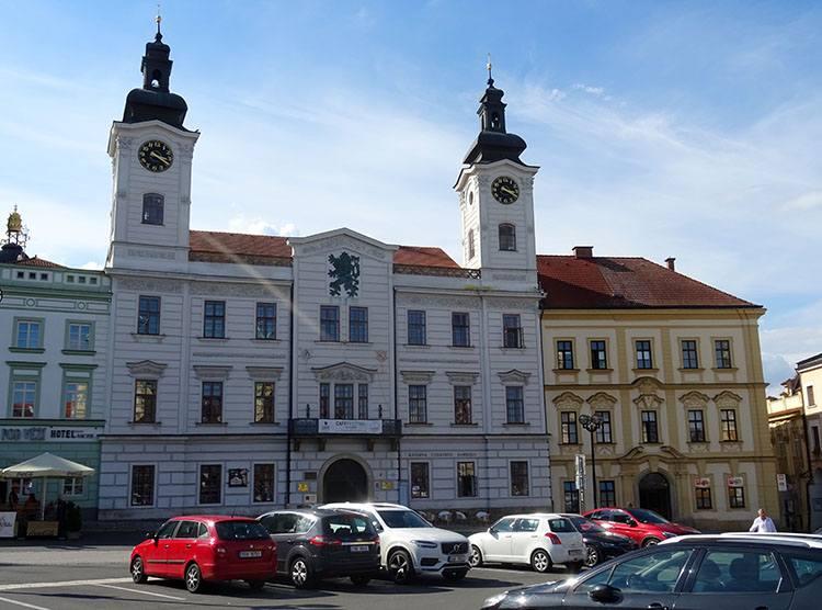stary ratusz Hradec Kralove Czechy ciekawostki atrakcje zabytki