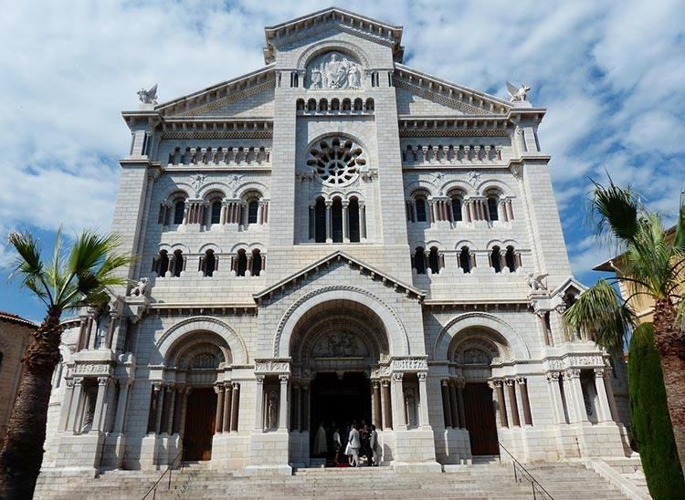 katedra Notre Dame Monako atrakcje ciekawostki zabytki co zobaczyć