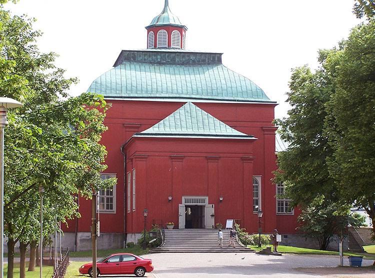 kościół Amiralitetskyrkan Karlskrona Szwecja ciekawostki atrakcje zabytki co zobaczyć