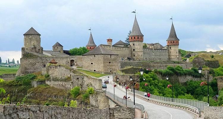 zamek Kamieniec Podolski Ukraina ciekawostki o Ukrainie informacje