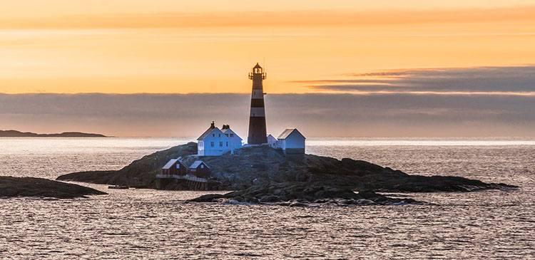 latarnia morska Norwegia ciekawostki atrakcje wycieczki