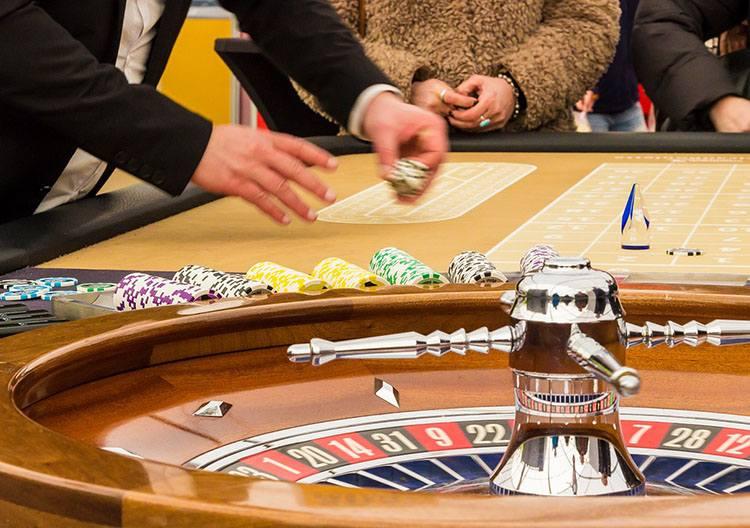 ruletka ciekawostki gra hazard historia zasady gry krupier kasyno
