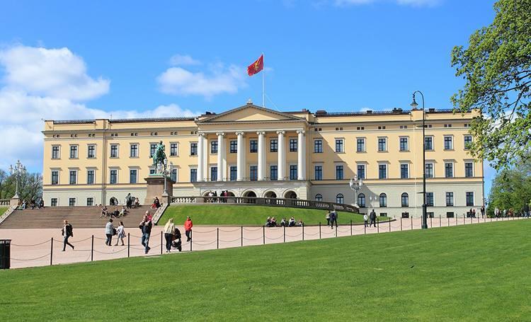 zamek królewski Oslo Norwegia ciekawostki