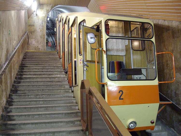Karlowe Wary metro kolej
