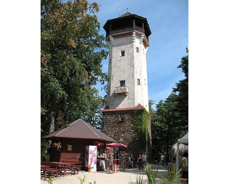 Karlowe Wary wieża widokowa Diana