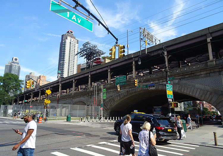 kolejka linowa Roosevelt Island ciekawostki Nowy Jork NYC Manhattan