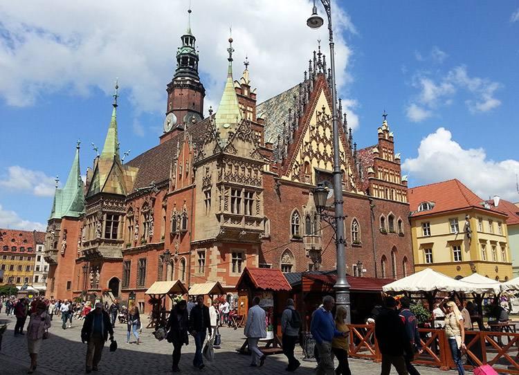 Ratusz we Wrocławiu zabytki Rynek Wrocław ciekawostki