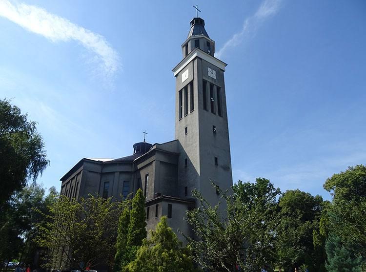 kościół św. Cyryla Metodego Knurów ciekawostki atrakcje zabytki