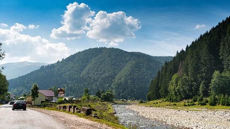 Karpaty Ukraina wakacje góry