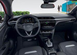 Opel Corsa Ultimate kabina samochodu kierownica