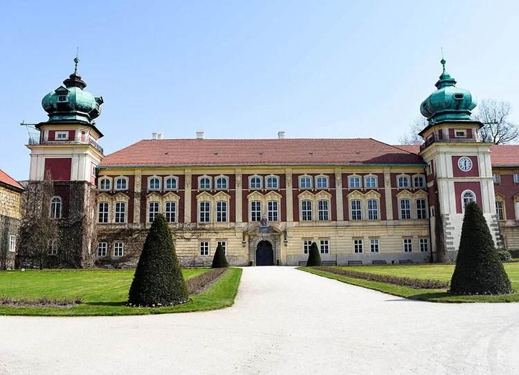 Łańcut zamek ciekawostki atrakcje zabytki park pałac