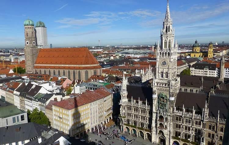 katedra Monachium ciekawostki zabytki