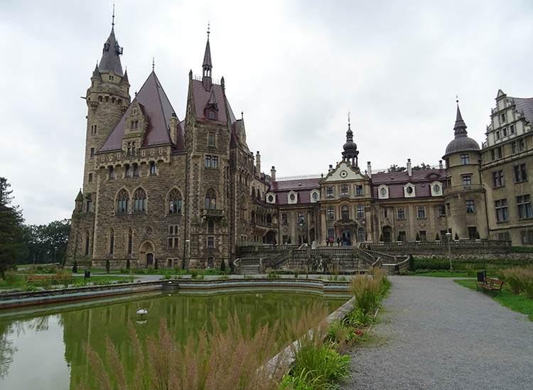 Moszna pałac województwo opolskie ciekawostki
