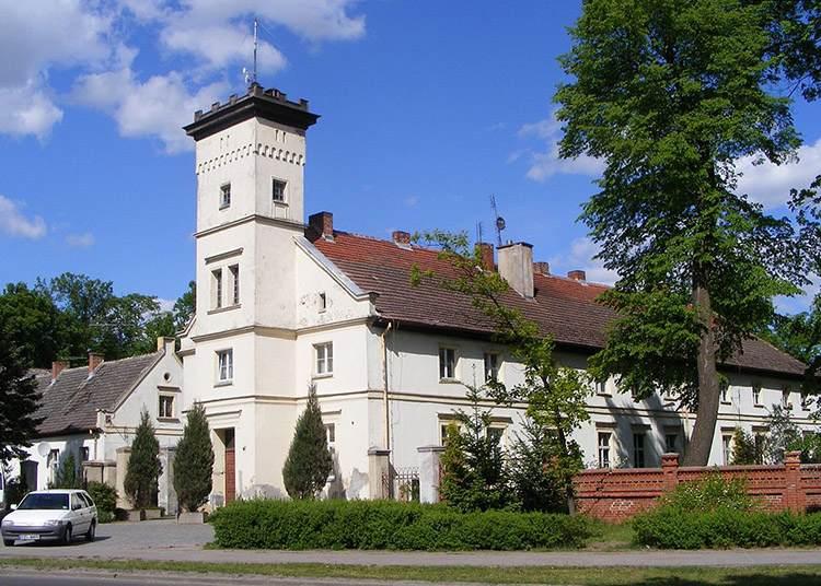 Pałac Działyńskich Złotów ciekawostki zabytki atrakcje
