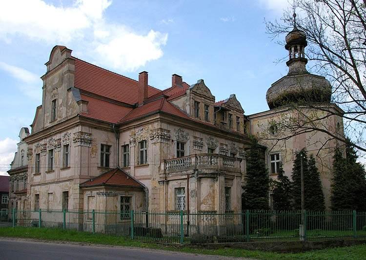 Turawa pałac województwo opolskie ciekawostki zabytki