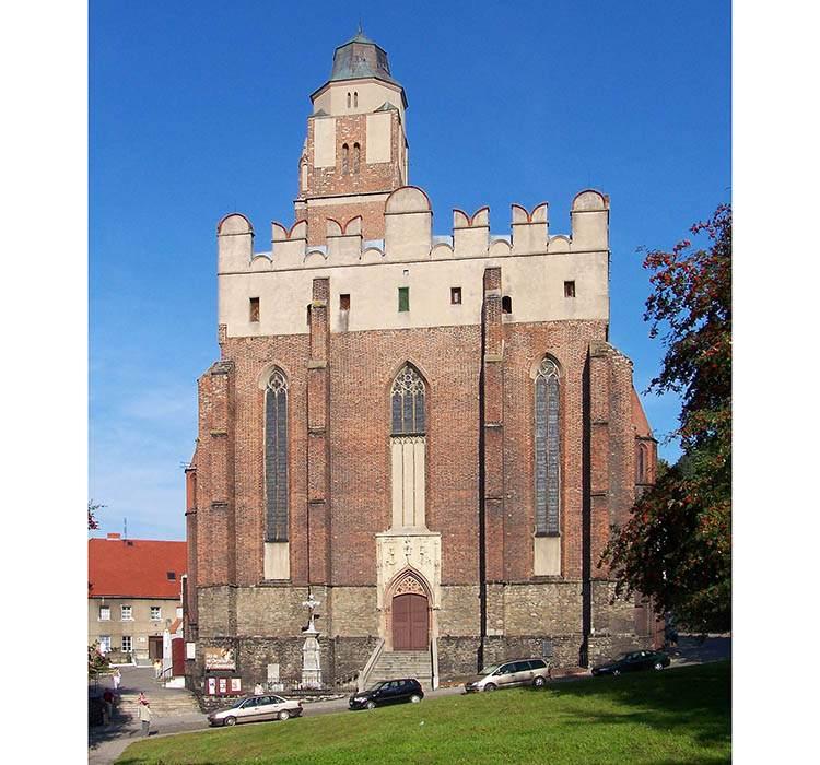 kościół obronny Paczków ciekawostki opolskie