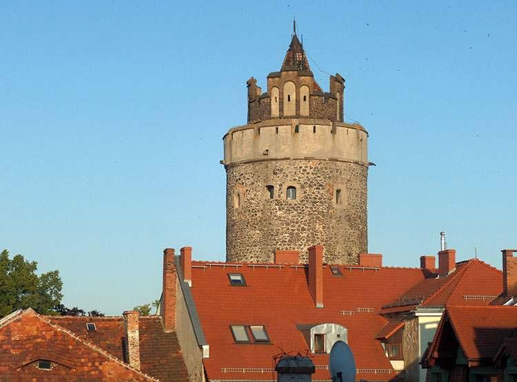 Wieża Baszta Bracka Lubań ciekawostki zabytki
