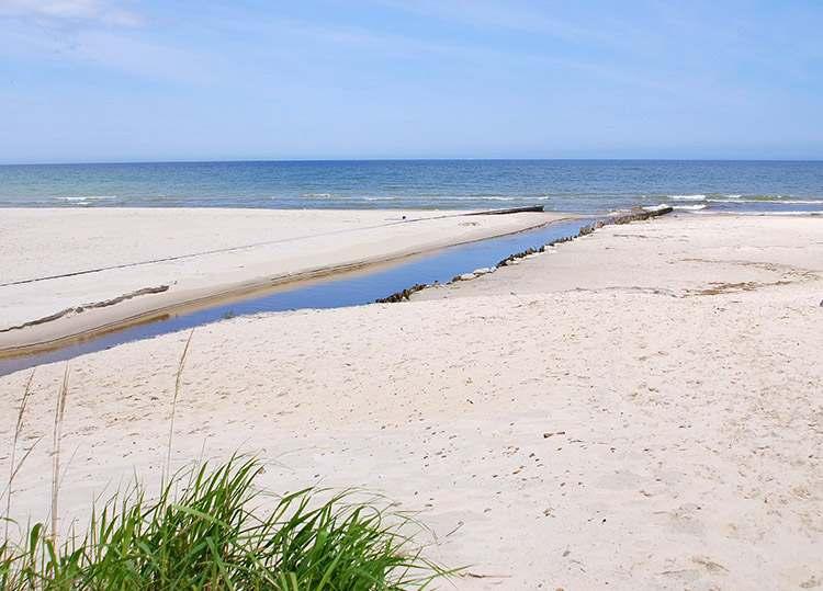 Czarna Woda ujście do morza Karwia atrakcje