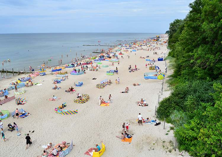 Rewal atrakcje plaża morze Bałtyckie