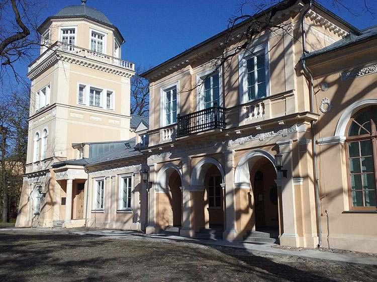 pałac Ostrowskich w Tomaszowie Mazowieckim