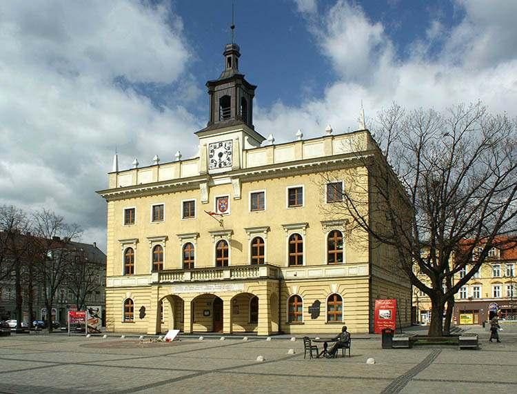 ratusz Ostrów Wielkopolski ciekawostki atrakcje muzeum