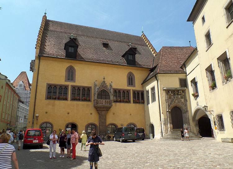 stary ratusz Altes Rathaus w Ratyzbonie zabytki