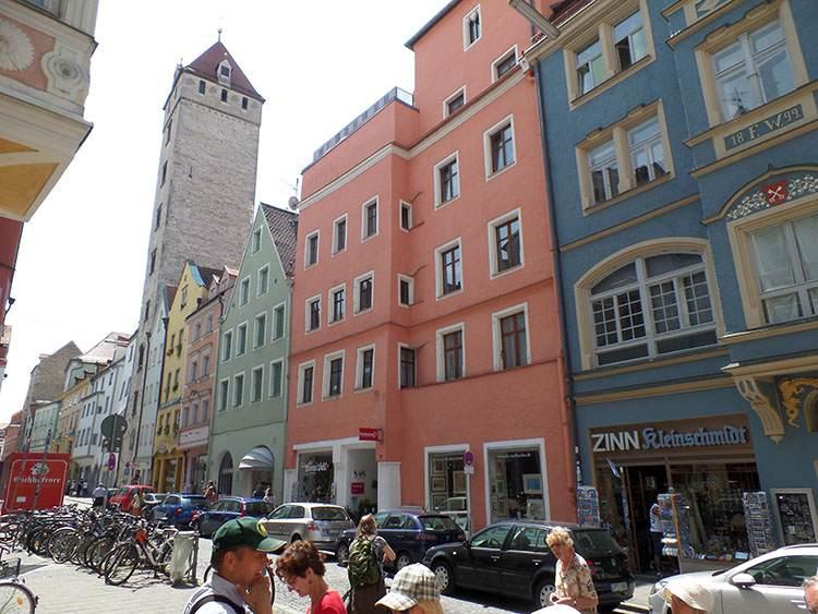 wieża rodowa Ratyzbona ciekawostki zabytki Stare Miasto kamienice