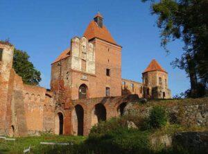 zamek Szymbark ciekawostki wieś warmińsko-mazurskie