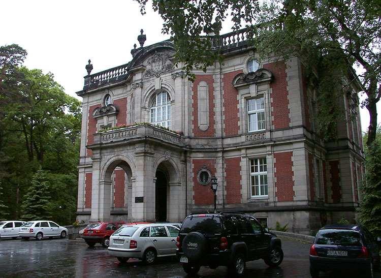 Pałac Kawalera Świerklaniec pałace śląskie