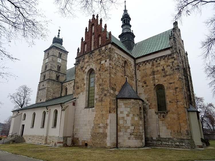 kolegiata św. Marcina Opatów ciekawostki zabytki atrakcje