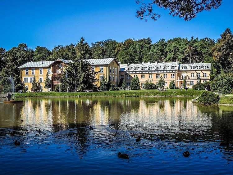 Park Zdrojowy Nałęczów atrakcje