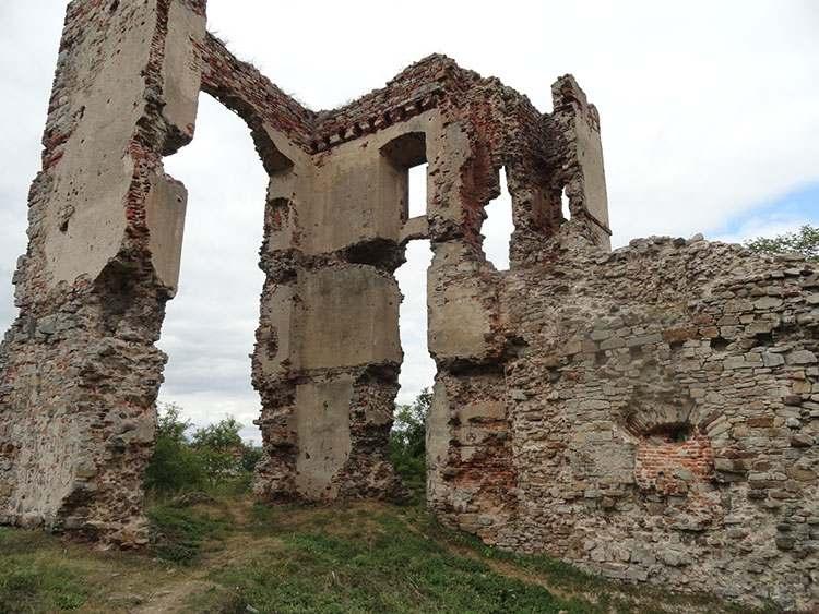 ruiny zamku Bodzentyn ciekawostki zabytki