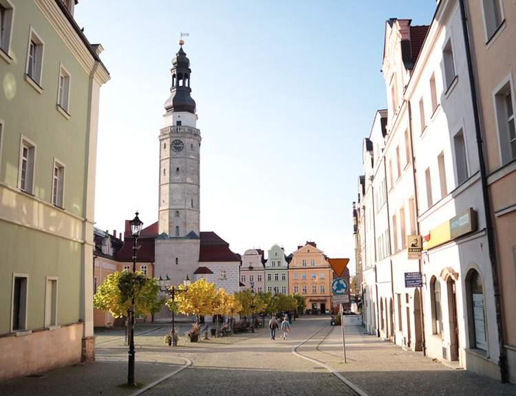 Bolesławiec ciekawostki ratusz atrakcje co zobaczyć historia