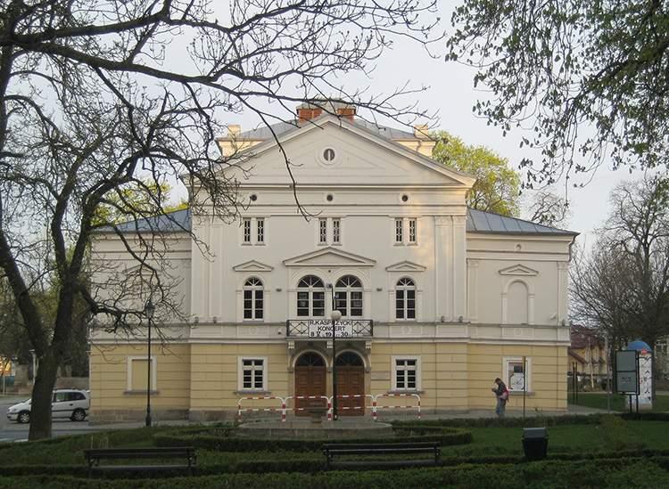 teatr Bolesławiec ciekawostki atrakcje