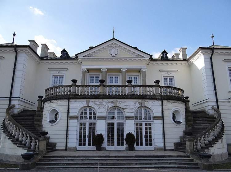 Pałac Radziwiłłów Balice na Wielkopolsce event wesele
