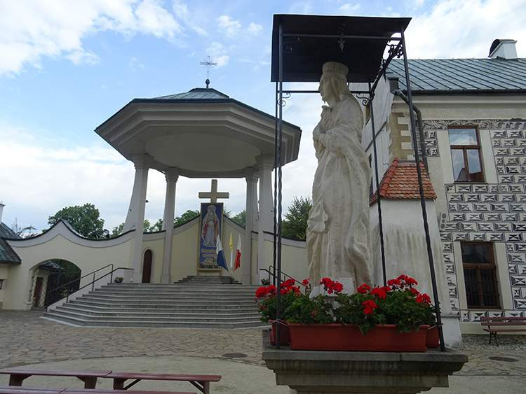 klasztor św. Kinga Stary Sącz ciekawostki