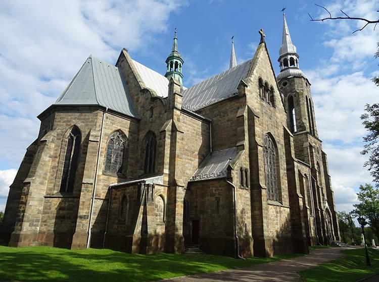 kościół Najświętszego Serca Jezusa w Skarżysku Kamiennej zabytki