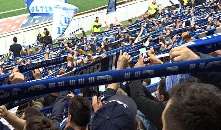 kibice Universitatea Kraiova stadionul National Bukareszt Rumunia