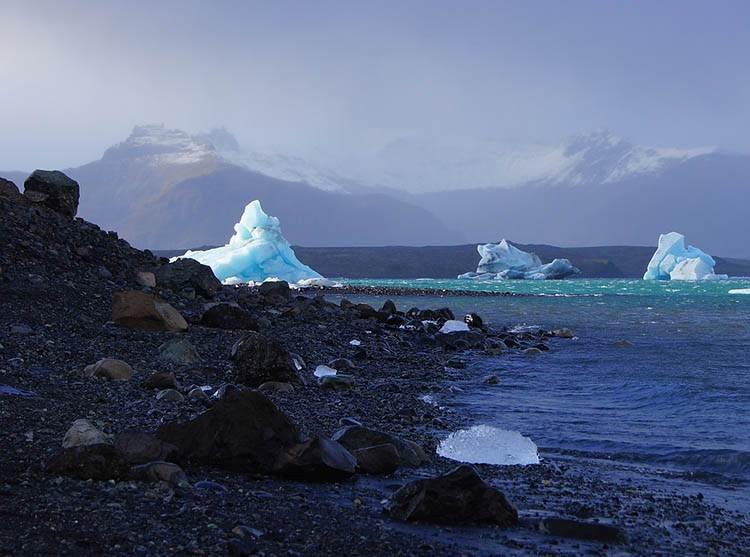 Fjallsarlon jezioro lodowiec Islandia atrakcje ciekawostki