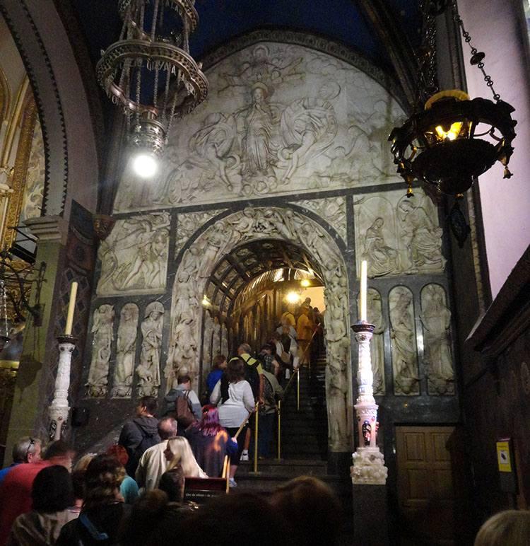 La Moreneta Matka Boska Montserrat Katalonia ciekawostki Hiszpania Barcelona
