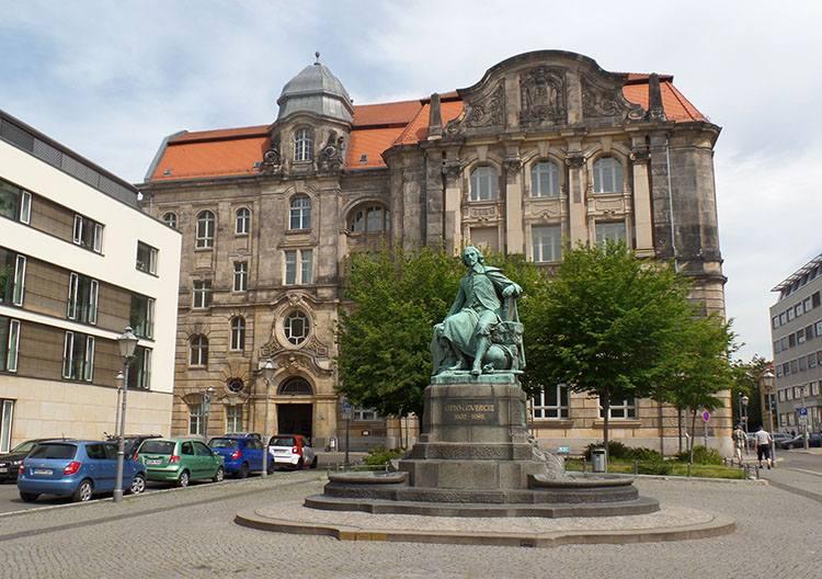 Otto von Guericke Magdeburg ciekawostki atrakcje zabytki Niemcy