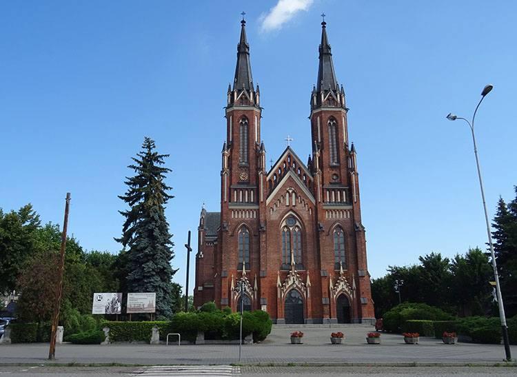 kościół NMP Różańcowej Pabianice ciekawostki atrakcje zabytki