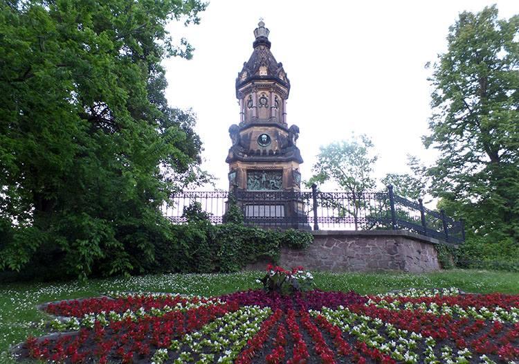 pomnik Magdeburg ciekawostki atrakcje zabytki Niemcy